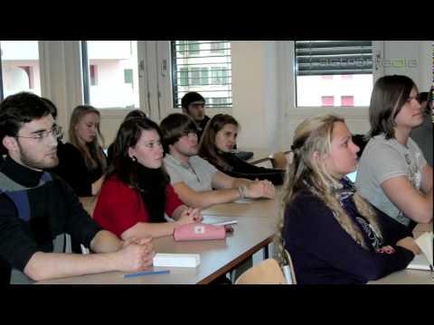 Lomonosov Moscow State University, Genève; Center of international learning: Commercials / ...