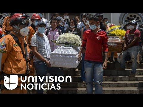 Comienzan los sepelios colectivos en Mocoa mientras muchos todavía buscan  familiares desaparecidos