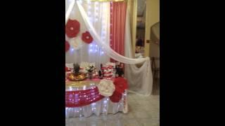 Украшение свадьбы большие цветы красно-белое