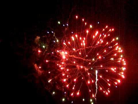 SPECTACULAR NEWARK -ON-TRENT FIREWORK FINALE