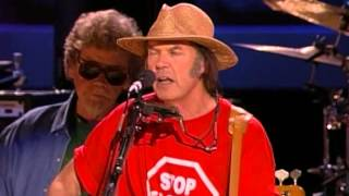 Neil Young - Daddy Went Walkin' (Live at Farm Aid 2000)