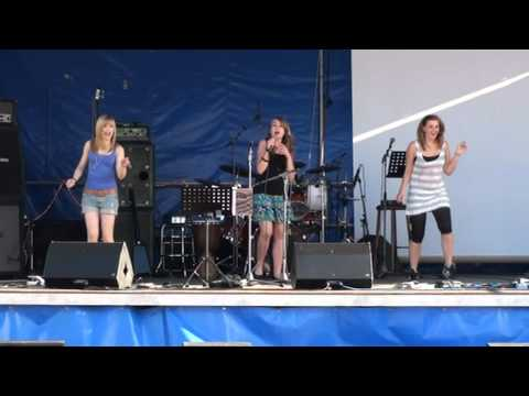 Laura Ries singt Tik Tok / Kesha ; Käfertreffen 2O1O