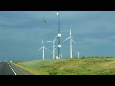 ROAD TRIP: OKLAHOMA WINDMILLS - INTERSTATE 40  EAST- OKLAHOMA, USA