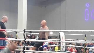 Paul rich vs Jamie hornby. White collar boxing