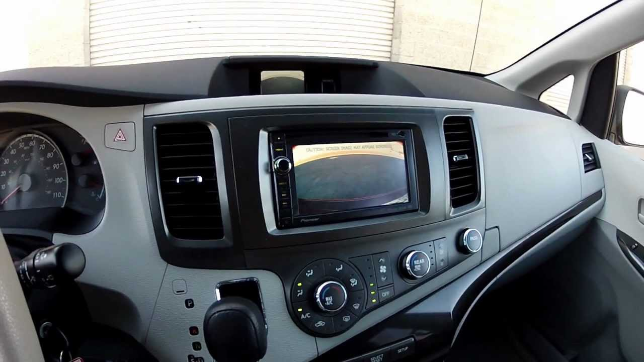 2011 toyota sienna dvd player replacement