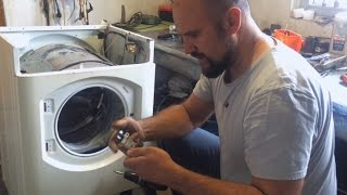 Разбираем стиральную машину автомат на запчасти. Ariston AVG 12. Применение, идеи и бла бла бла.
