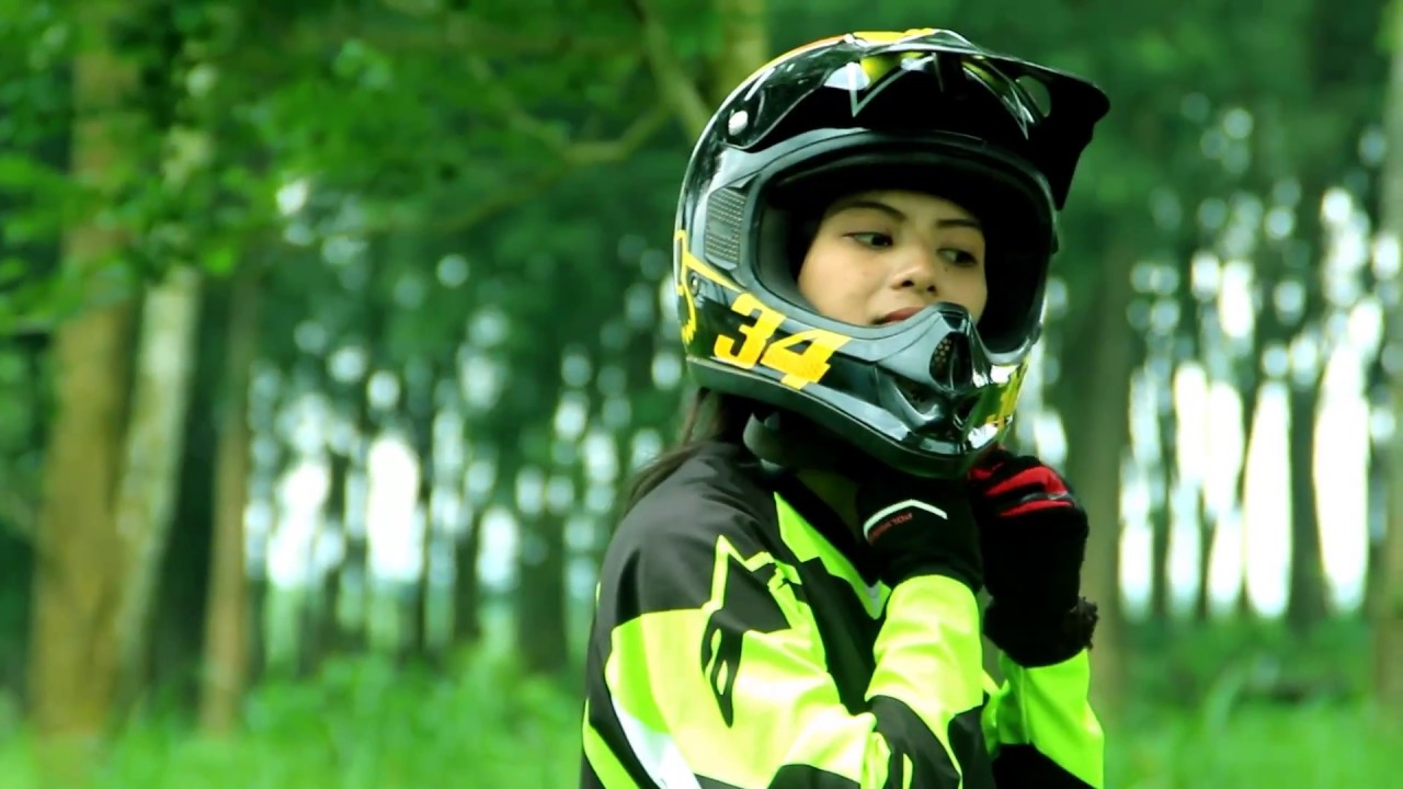 Motocross Prewedding Ayu Dan Eldo Youtube