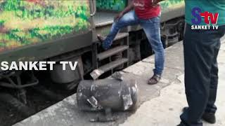 Odisha : Duronto Express train met with mishap in Balasore | Sanket Tv