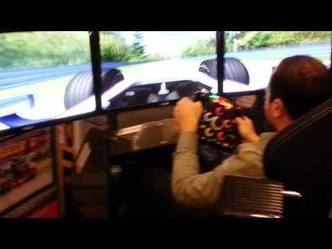 2014 Toronto Auto Show F1 Racing Simulator