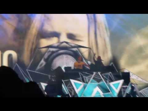 Armin Van Buuren Ft. Trevor Guthrie - This Is What It Feels Like, SW4 2013 (Main Stage)