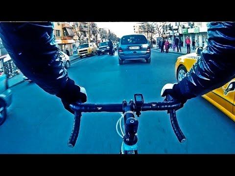 Cycling in Traffic Road Bike