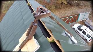 как сделать лестницу для ремонта крыши своими руками