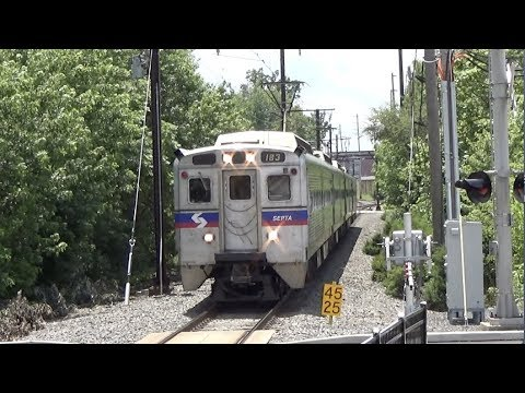 SEPTA 9th Street - Trains Arrive in Both Directions