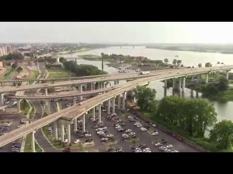 10 Minute Tourist: Memphis and Graceland