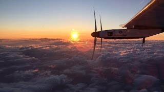 Solar-powered plane the Solar Impules 2 lands in Hawaii