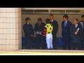 馬主に挨拶する石橋脩騎手。京都牝馬Sのパドック。現地映像、京都競馬場