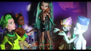 Monster High Music Video Stop Motion Good For You