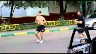 Парни пляшут )) Уроки танцев ))