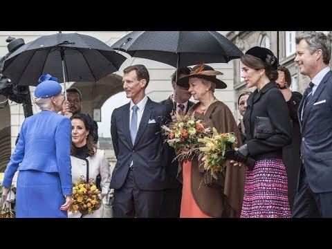 Den kongelige familie ankommer til åbningen af Folketinget 2018