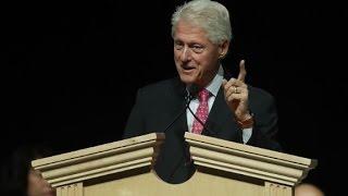 Did Bill Clinton sound like Trump in 1995?