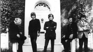 Moody Blues - What am I doing here (HQ Audio)
