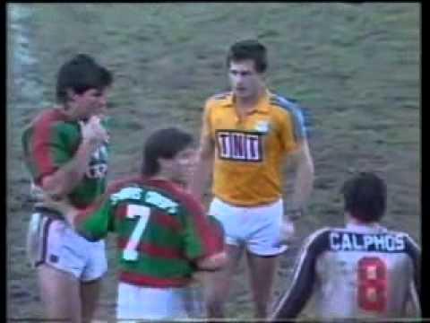Footy Fight - Les 'Bundy' Davidson King Hits Peter Kelly