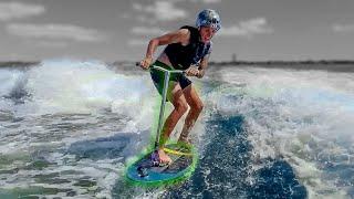 JE MÉLANGE MON SURF ET MA TROTTINETTE !
