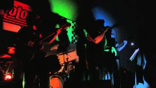 AC /DC TNT Cover by Undercover project, live at Motor Cafe Guatemala 2013