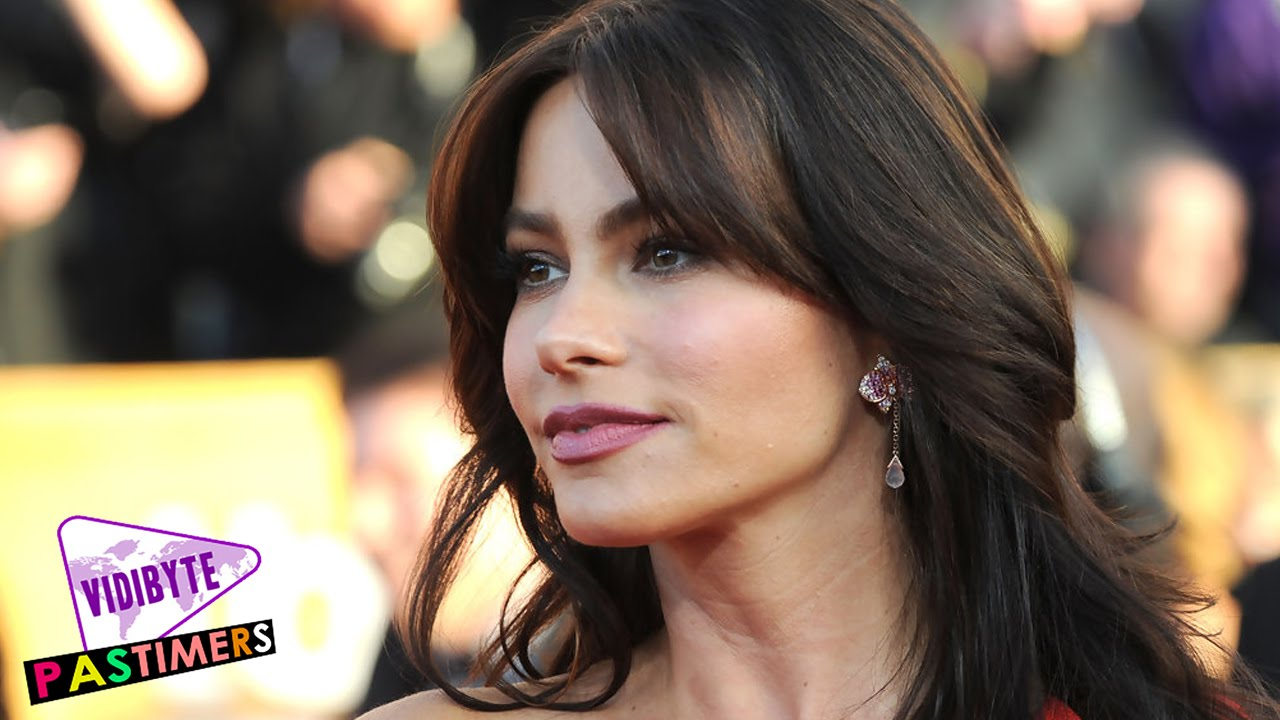 10 Celebrities That Prove All Latina Women Age Gracefully