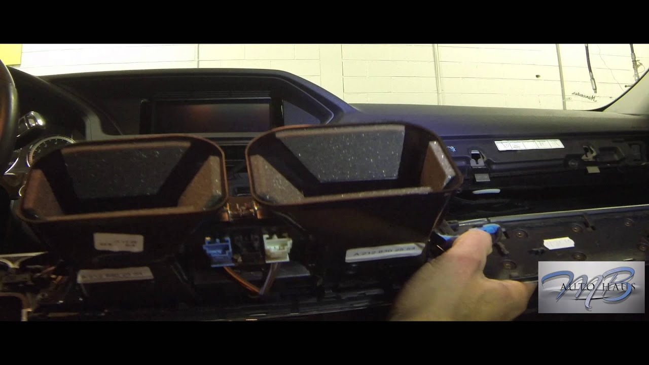 Phone Jack Wiring Diagram Mb Autohaus Mercedes Benz E Class 212 Radio Removal Youtube