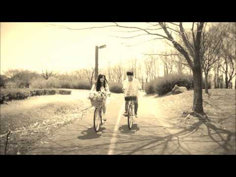 AKMU (Akdong Musician) - Time And Fallen Leaves FMV