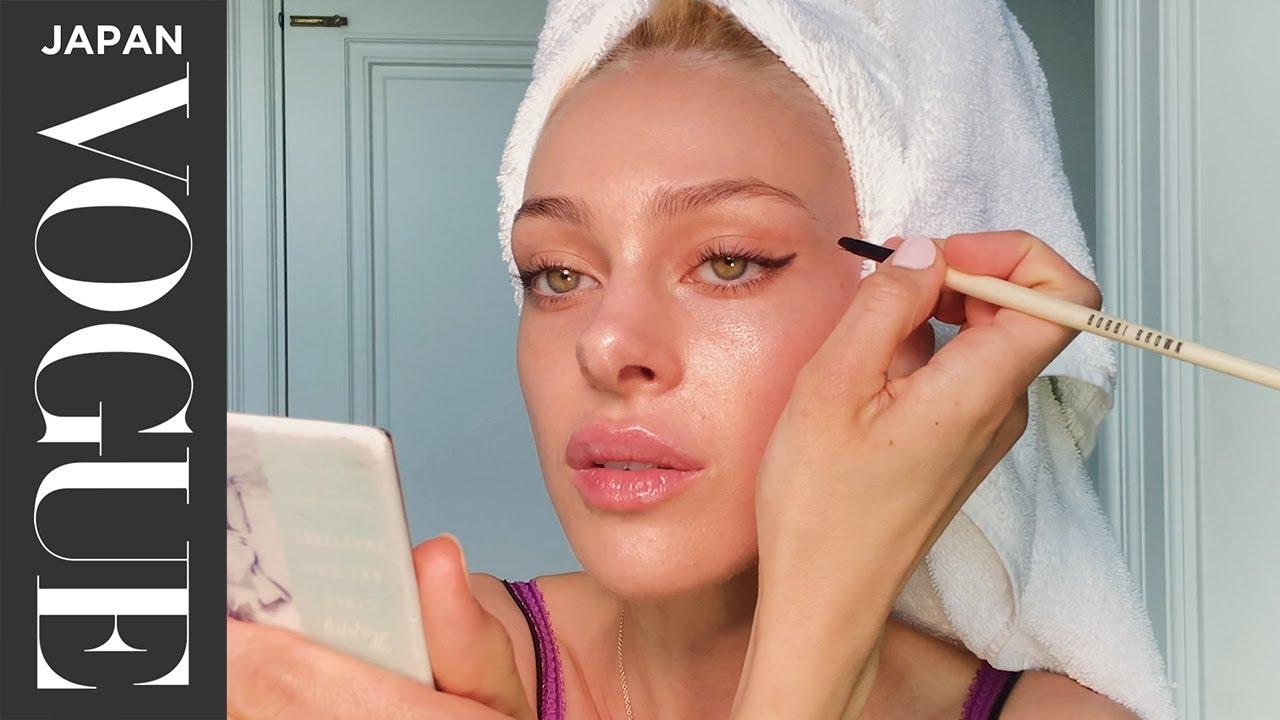 ニコラ・ペルツの美貌を高める、最高のビューティ・ルーティン。| Beauty Secrets | VOGUE JAPAN