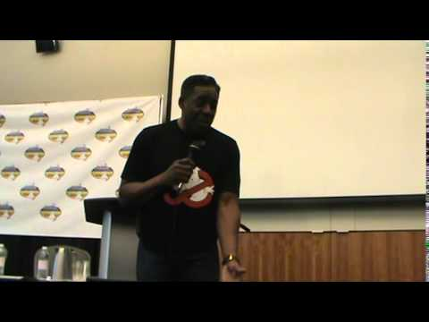 Ernie Hudson Panel at Niagara Falls Comic Con