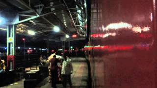 Twilight Departure: WAP 5 #30055 departs from its home with 12931 BCT-ADI Double Decker. [HD]