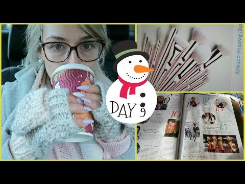 Vlogmas 2017 Day 9 | Christmas traditions and over priced brushes