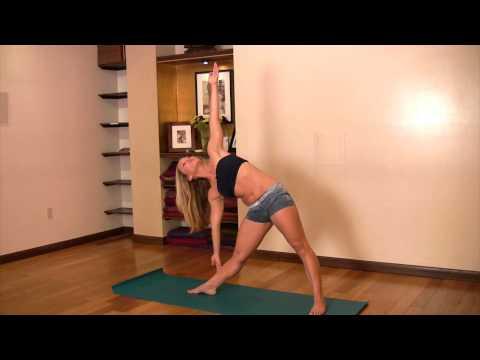 Beginner Yoga: Trikonasana with Kino