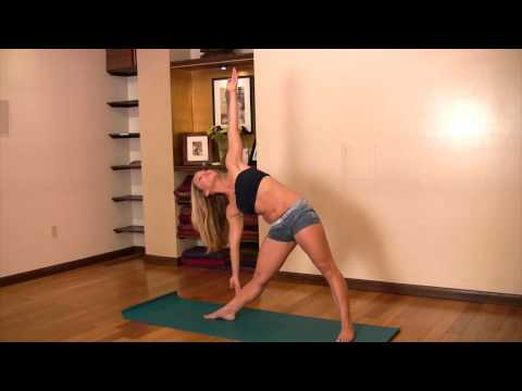 Beginner Yoga: Trikonasana with Kino
