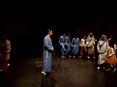 Canto finale del musical Madre Teresa ( Simone)