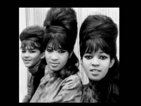 Top 49 female singers of the 60's [10 - 1]