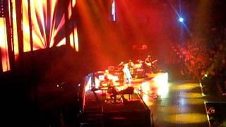 Scotty Mccreery- His Entrance- Baby Lock Them Doors....Tour 9/3/2011