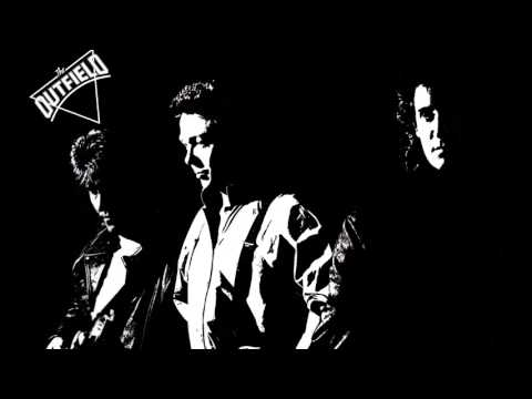 The Outfield - Somebody Loves Me (Unreleased)