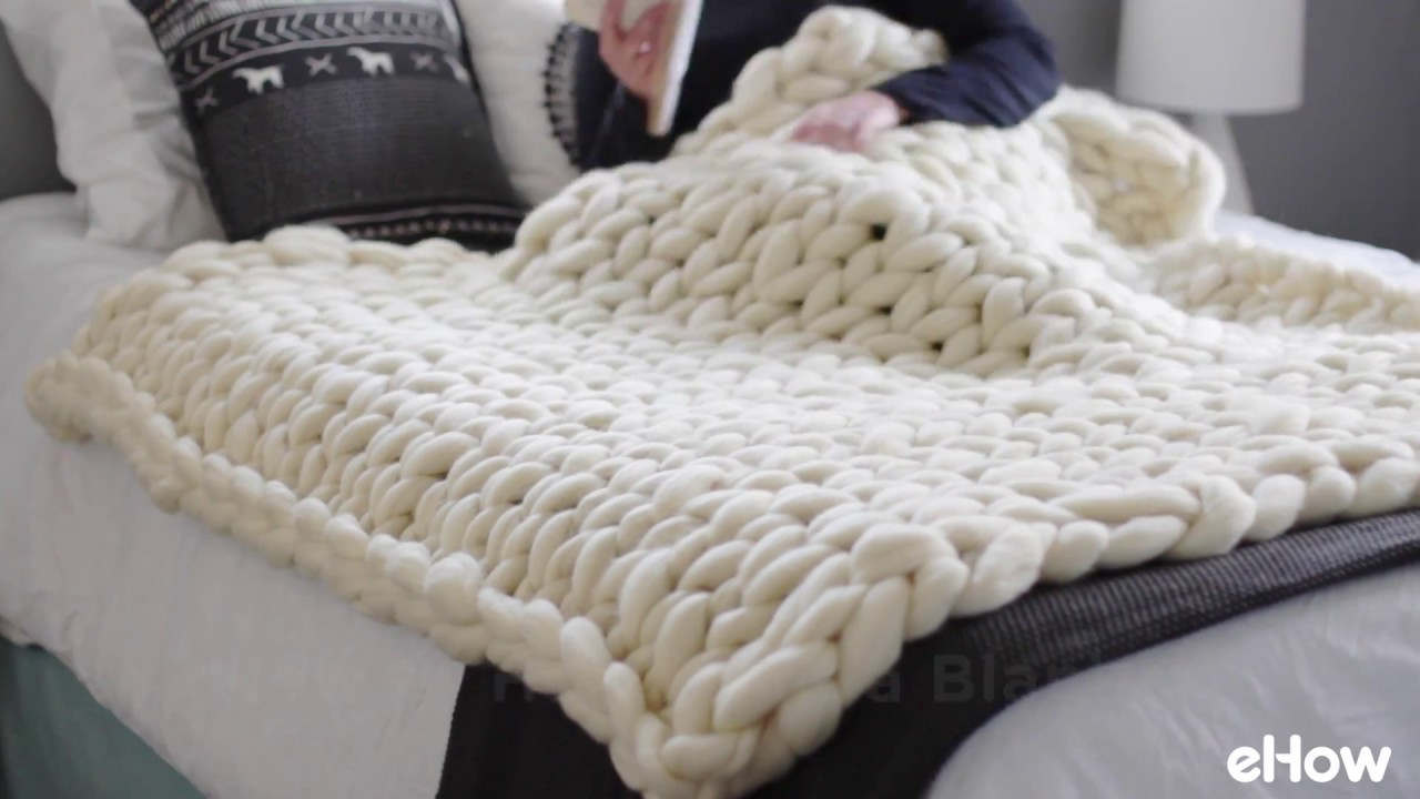 How To Hand Knit A Blanket Youtube