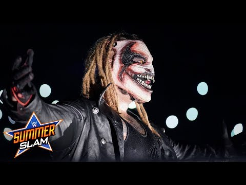 The Fiend debuts at SummerSlam and is our creepy new best friend