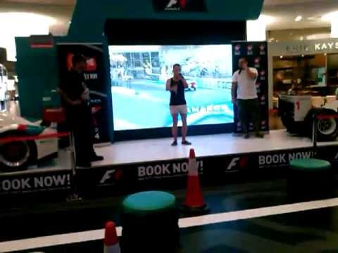 White_Man Dubai Beatbox (video 1)