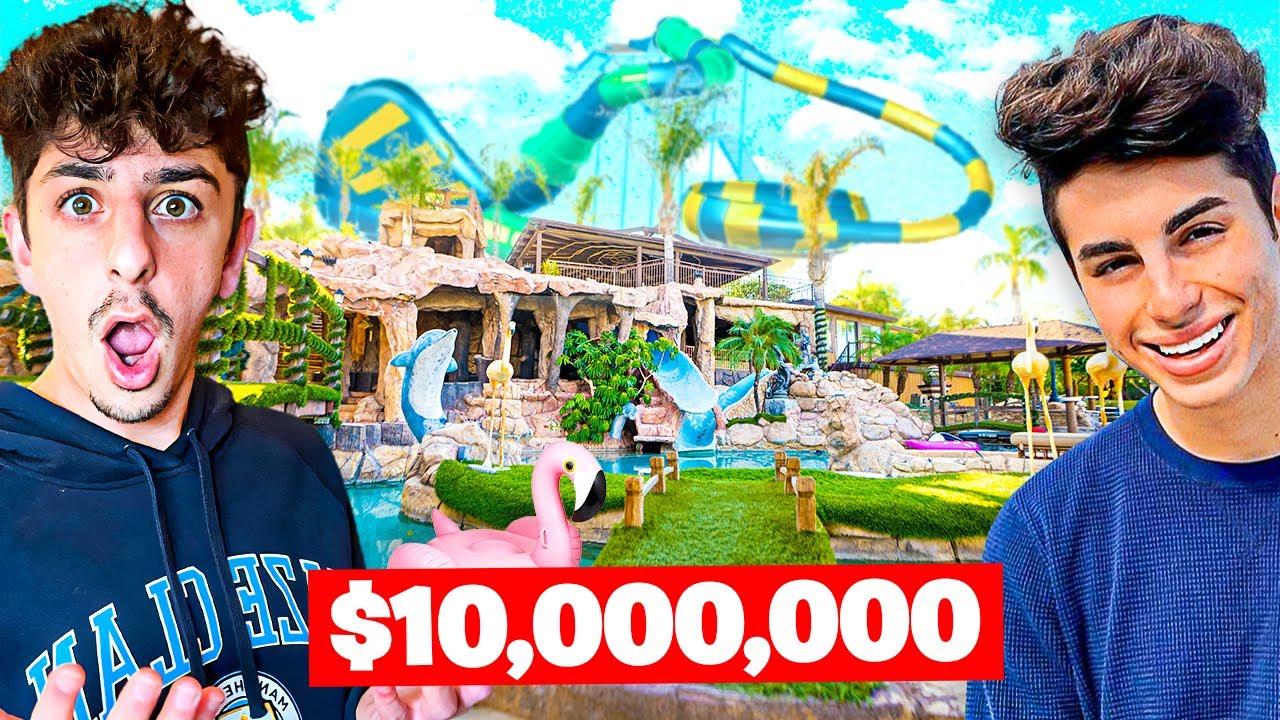 Download Visiting YouTuber Houses! **insane backyard waterpark**