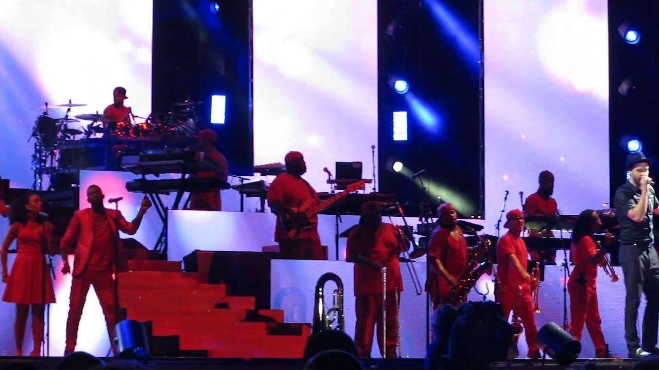 Download Justin Timberlake - Take Back The Night (Live)