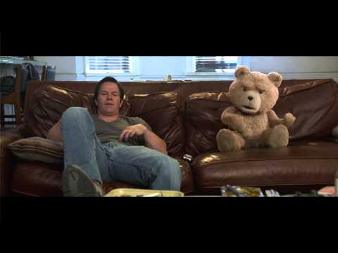 Mark Wahlberg and Seth MacFarlane Chat with Harkins Theatres Behind the Screens