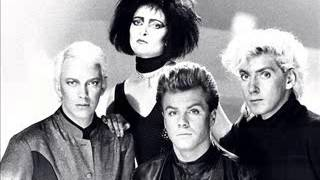 Siouxsie & The Banshees - Pointing Bone (Theatre de Verdure 1985)
