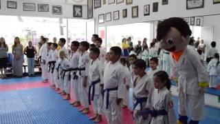 El Show de Bely y Beto y el karate do murayama