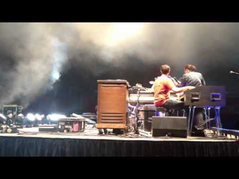 "Alabama Shakes - ""Rise To The Sun"" (Rodeo Austin Soundcheck)"